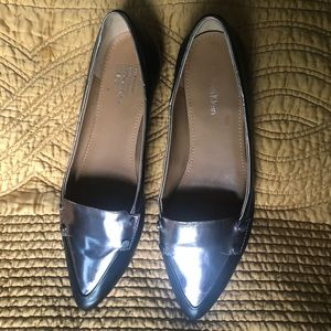 Anne Klein black and silver size 7 1/2